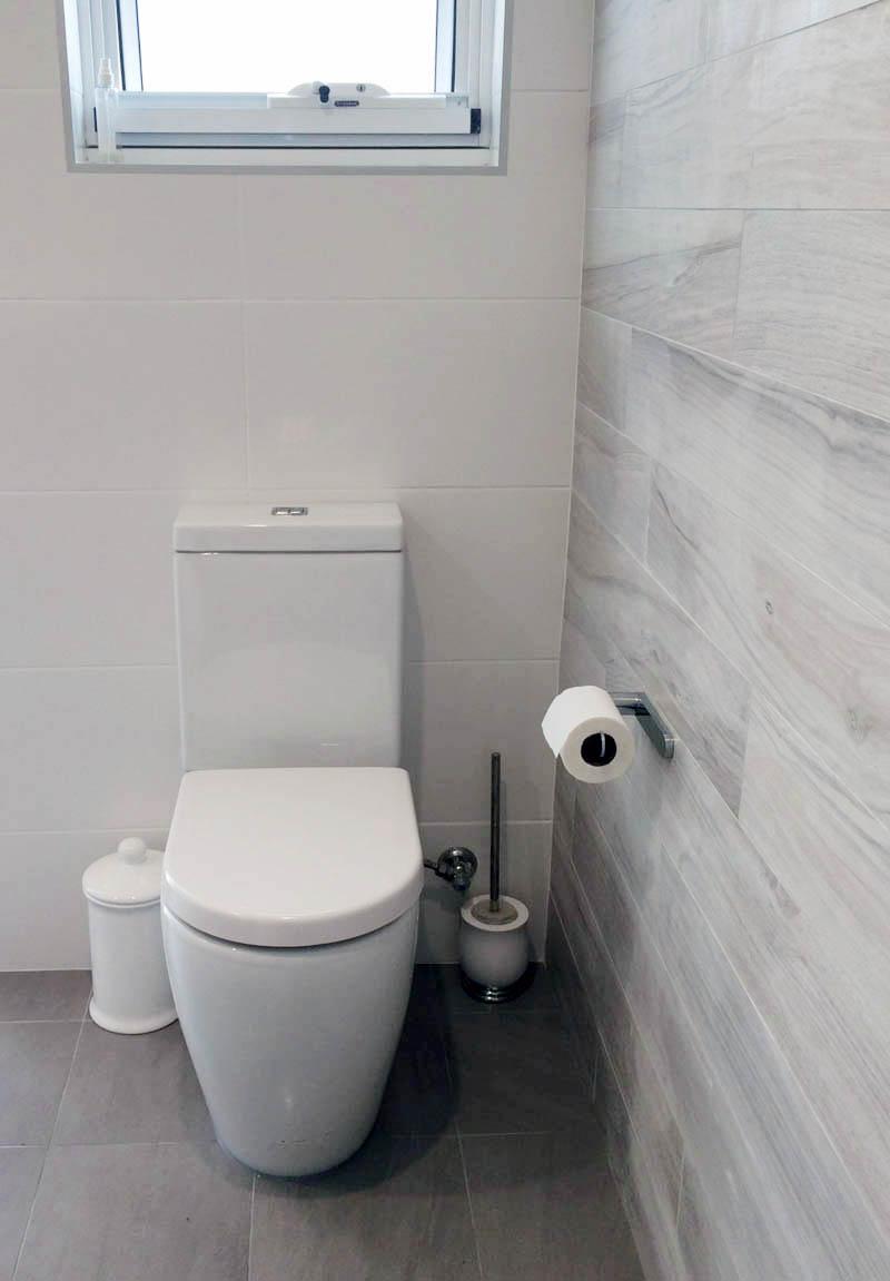 bathroom renovations sydney competitive prices huge range. Black Bedroom Furniture Sets. Home Design Ideas
